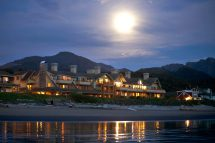 Ocean-lodge-cannon-beach-hotel-exterior-8 - Ocean
