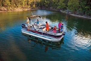 Pros And Cons Of Pontoon Boats – Why Other Boats Don't Come Close