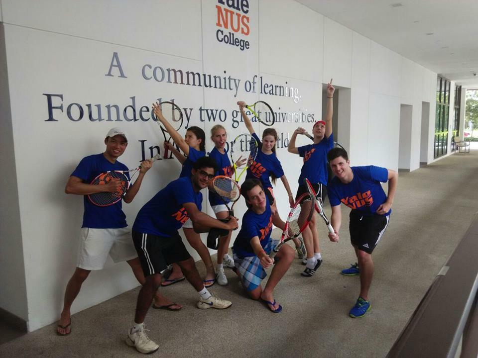 The Yale-NUS College Tennis Team.