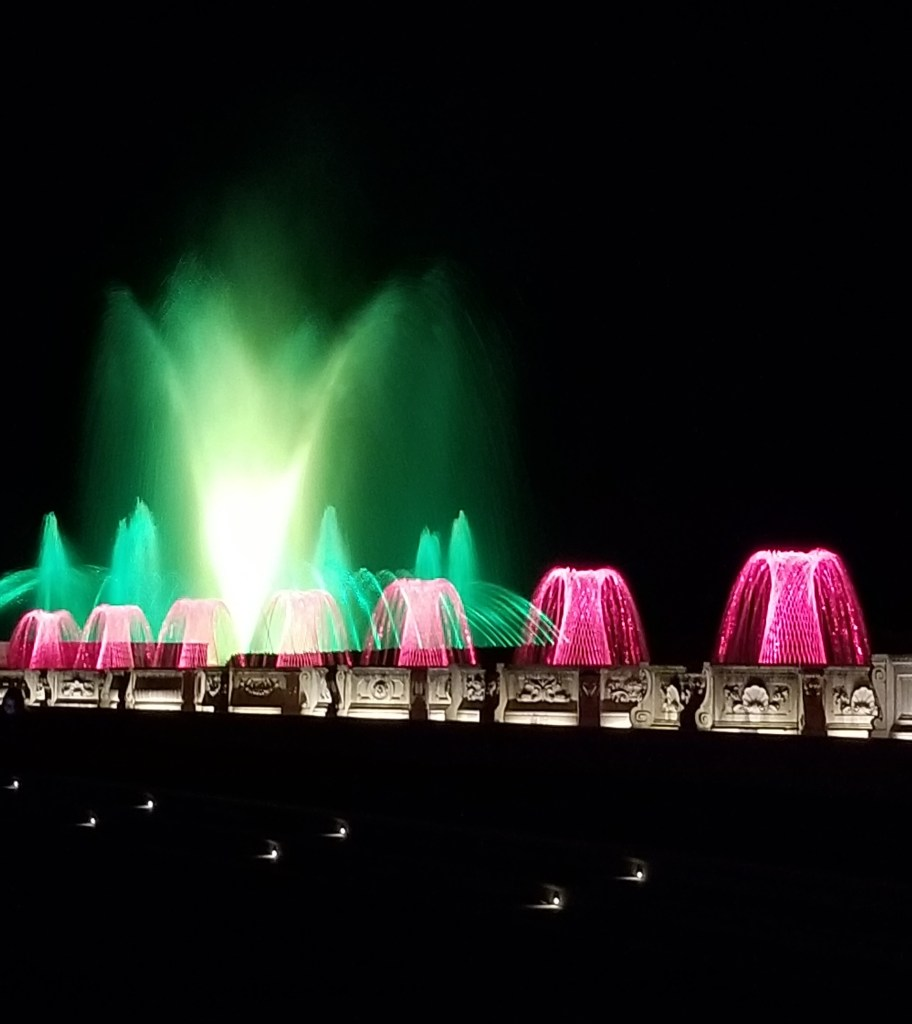 longwood gardens fountain show at night