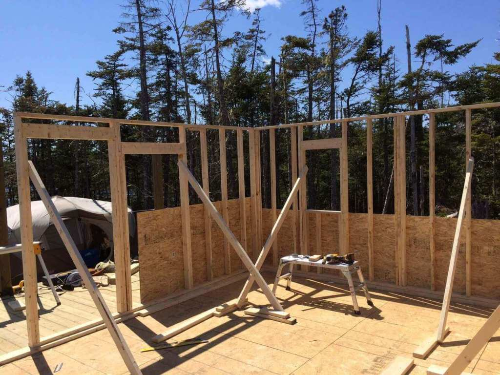 Framing-the-Off-grid-Cabin-Third-Wall