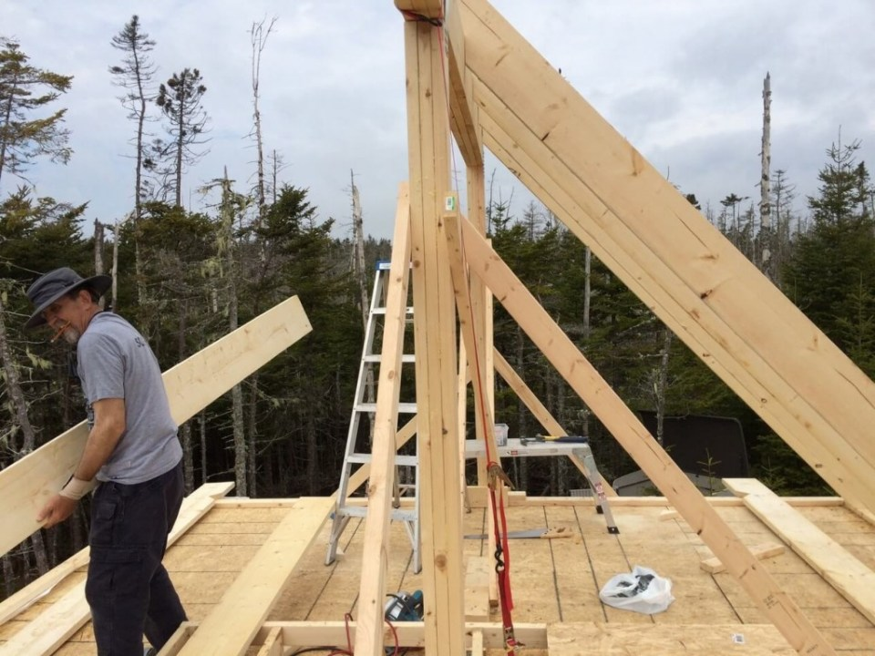 The-Off-Grid-Cabin-Rear-Roof-Rafters-Installed