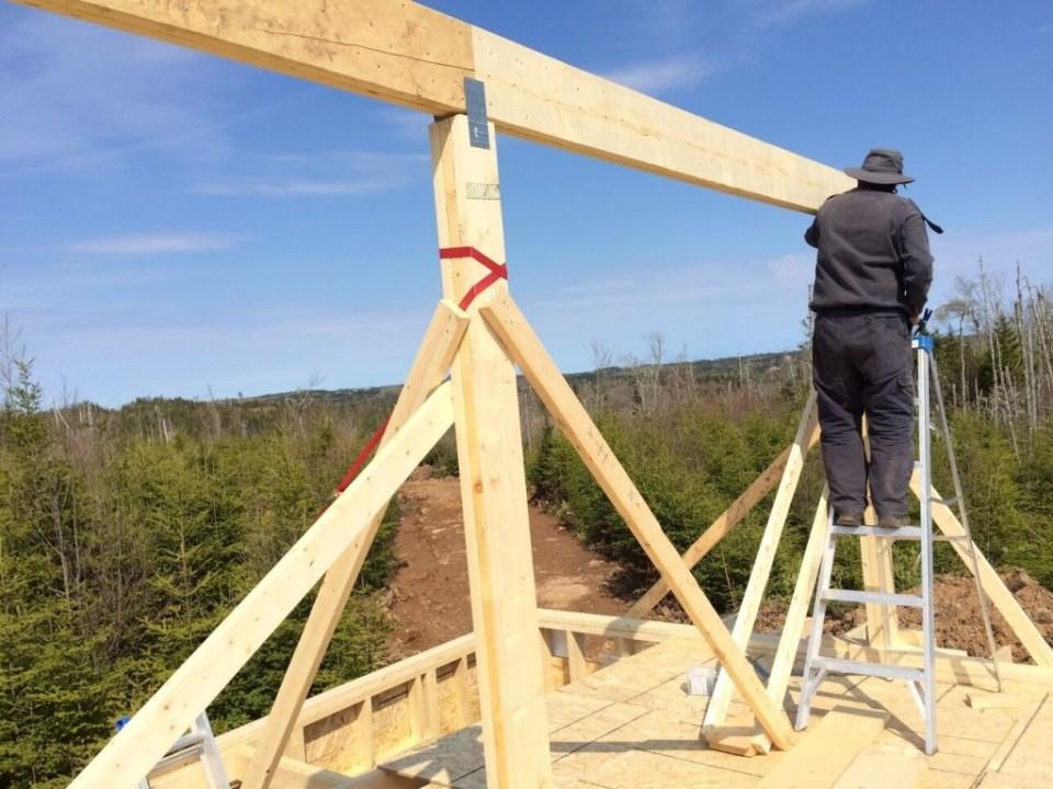 The-Off-Grid-Cabin-Roof-Ridge-Beam-2