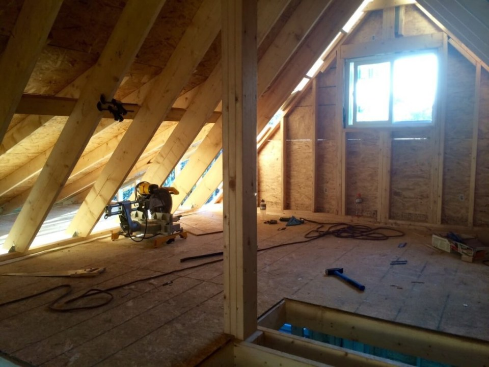 Inside-The-Off-Grid-Cabin-Loft-Roof-OSB-Sheathing-Complete
