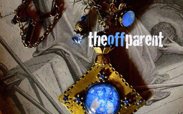 OFF-jesus-necklace