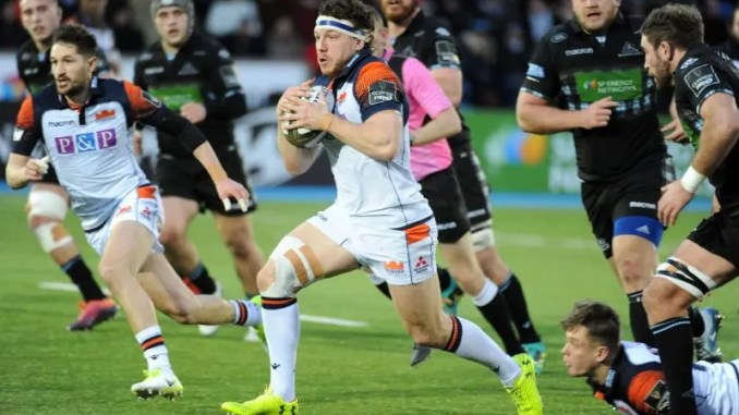 Hamish Watson leads the charge for Edinburgh against Glasgow.