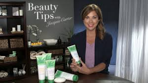 Beauty Expert Fashion Tips in Your 50s   Herbalife Beauty