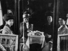 Zeppelin passengers 1920s