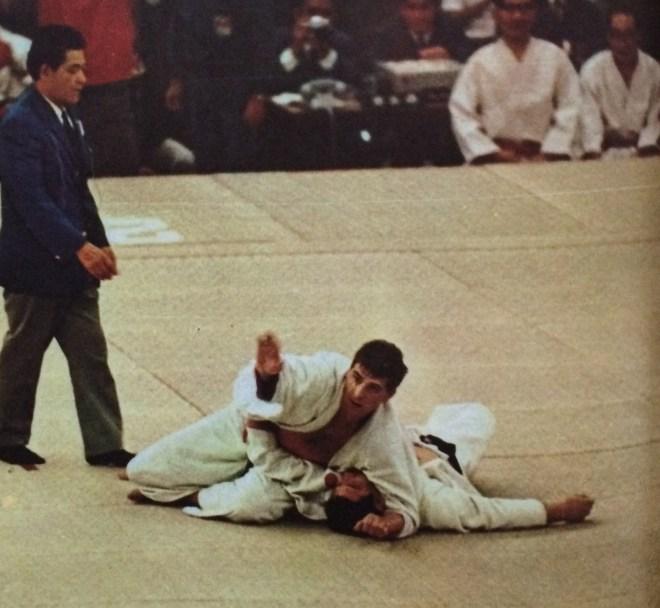 Geesink vs Kaminaga_Tokyo Olympiad 1964_The Kyodo News Service