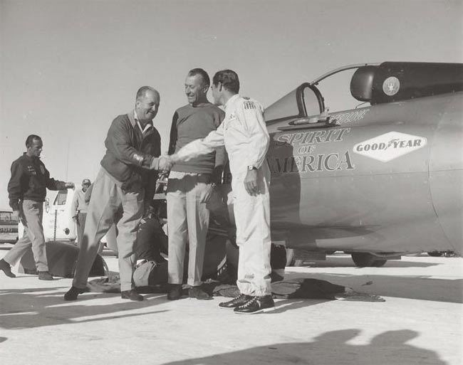 Craig being congratulatedafter setting his 468 mph record on Oct. 13, 1964. (William A. Moore photo)