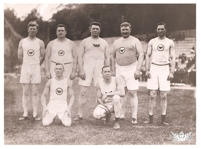Irish_Whales_team in 1904