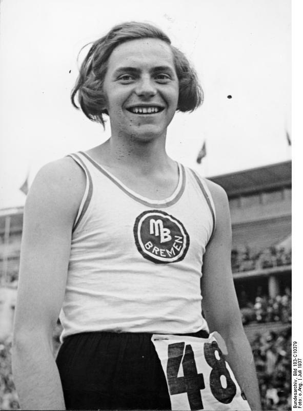 "Hermann Ratjen alias ""Dora Ratjen"""