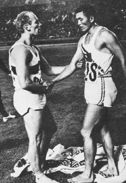 Willi Holdorf and C. K. Yang in 1964