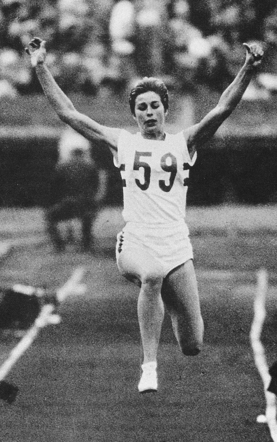 mary-rand-1_-xviii-olympiad-tokyo-1964-asahi-shimbun