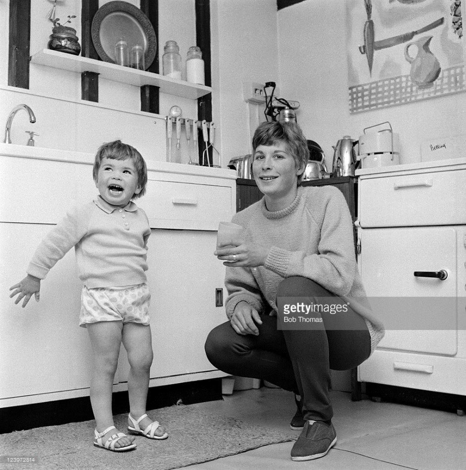 mary-rand-with-daughter