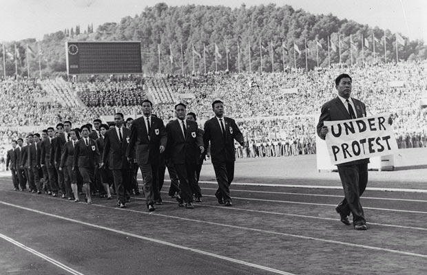 roc-under-protest-1960