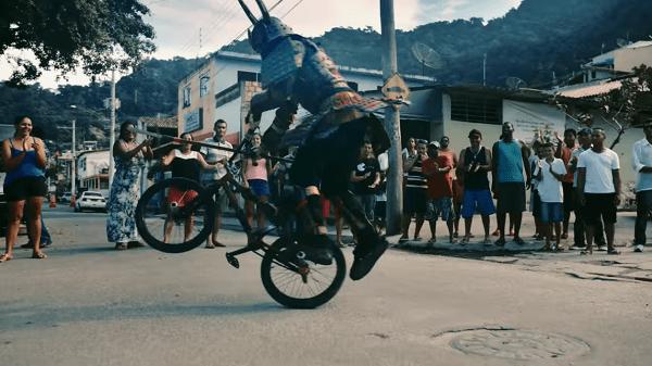 Samura bike tricks