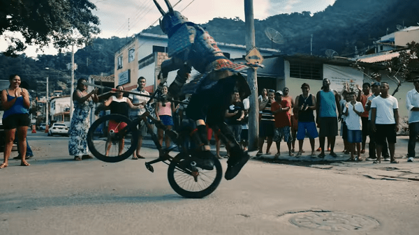 Samura bike tricks