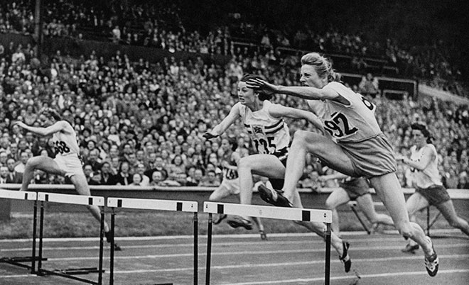Fanny Blankers-Koen winning 80 meter hurdles in London