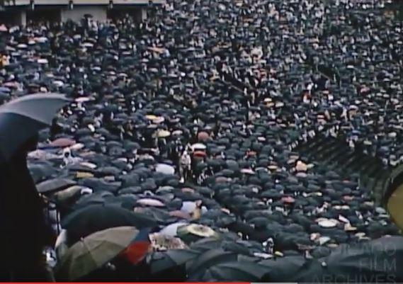 Rain Rain Go Away_Merz Film