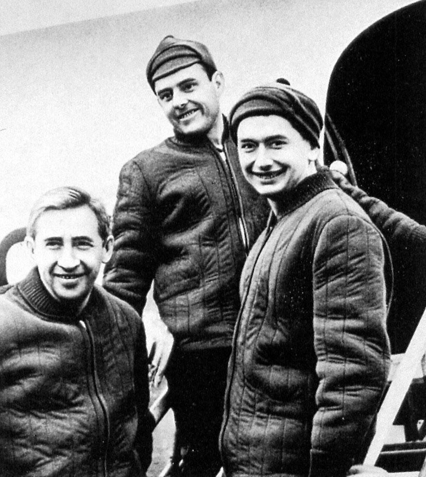 Voskhod (l to r) Konstantin Feoktistov, Vladimir Komarov,Boris Yegorov.