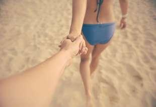beach-holiday-vacation-arm
