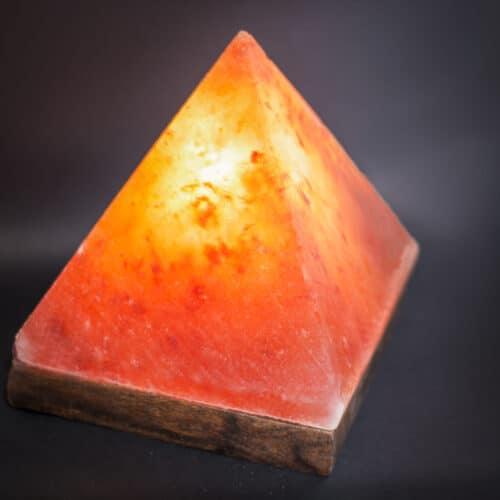 himalayan salt lamp pyramid lit up