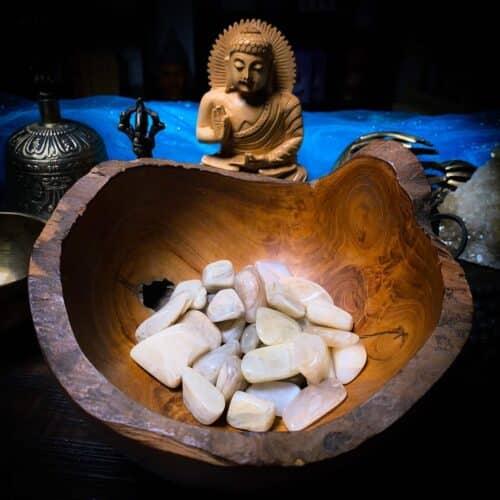 Moonstone Crystals for Meditation