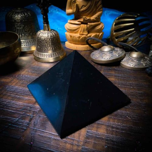 Shungite pyramid 100mm close-up