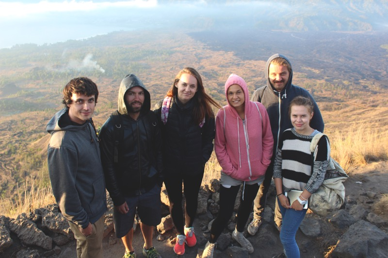 Whole group Batur visitors