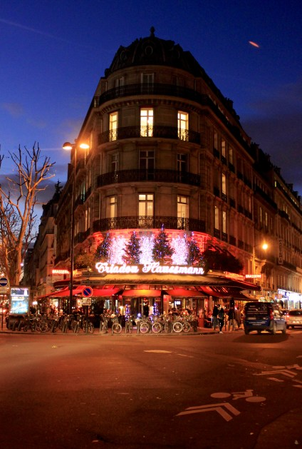 paris-at-christmastime