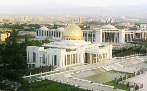 Turkmenistan palace