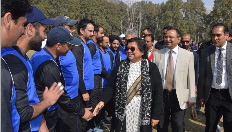 Chief Justice inaugurates J&K Legal Premier Cricket League at Sher-e-Kashmir International Cricket Stadium-inf