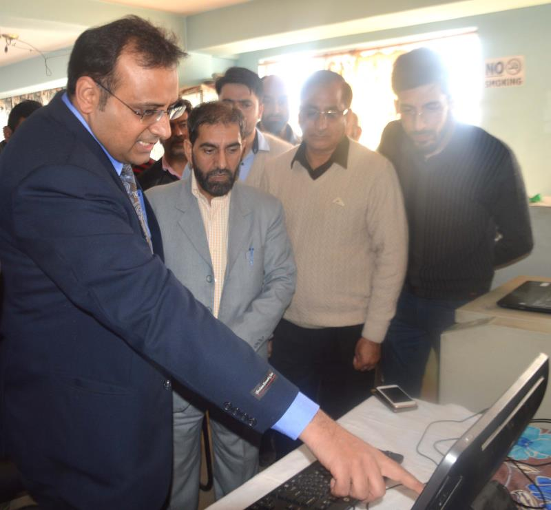 Commissioner Secy Labour inaugurates digitization of CPF record-jkinf