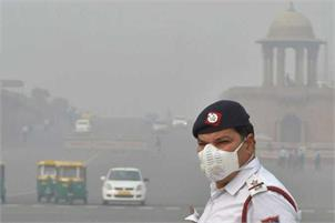 pollution in Delhi-pti