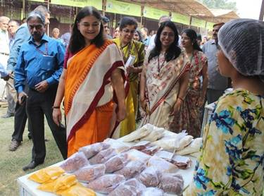 Women of India National Organic Festival_ was inaugurated by Smt. Maneka Sanjay Gandhi, Union Minister for Women and Child Development-3-pib