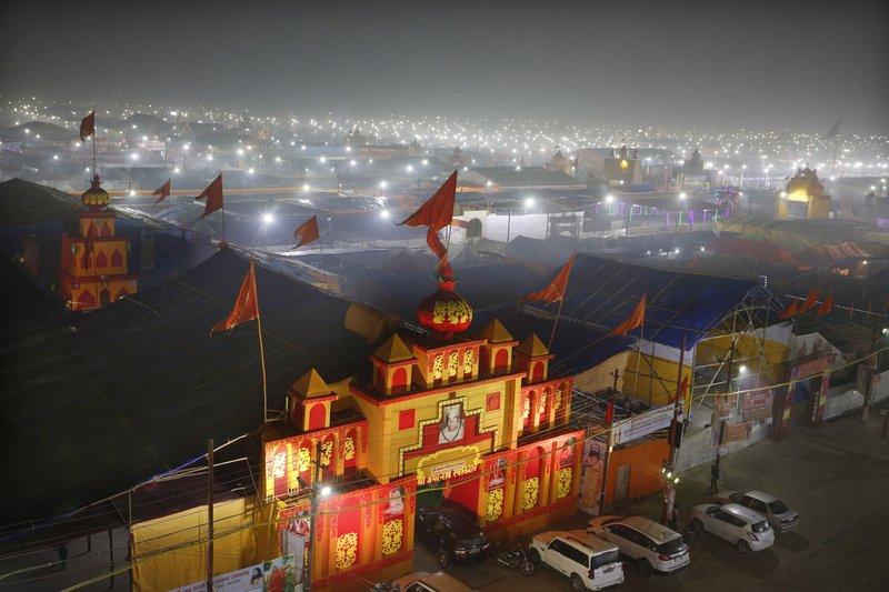Click to copyhttps://apnews.com/5763ba8ae3204f59a0f5029093cda067 RELATED TOPICS Religion International News India Air pollution Narendra Modi Asia Pacific Pollution India's mega Hindu festival begins under cloud of toxic air- AP