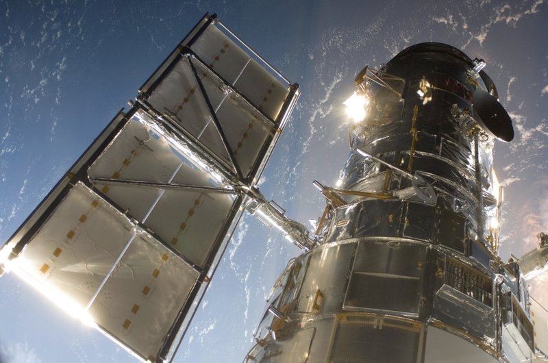 Hubble Telescope camera back in action after 1-week shutdown- AP