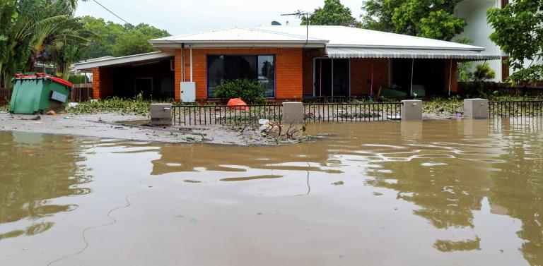 'Worst over': Australia begins flood clean-up
