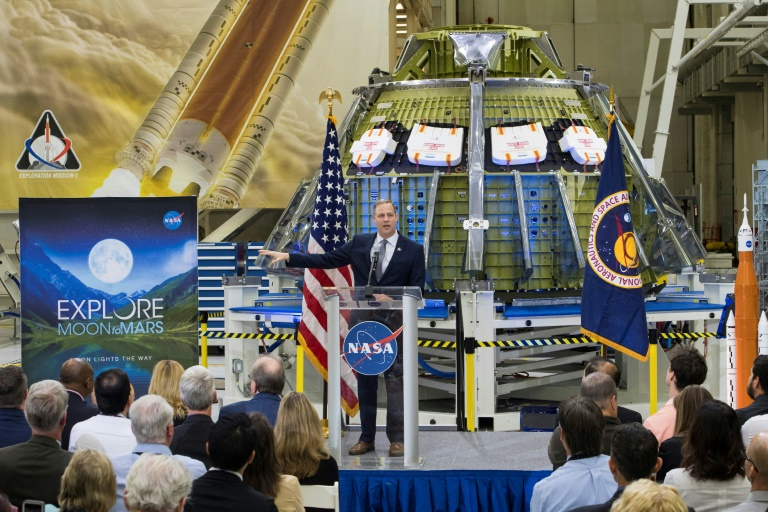 US to speed up astronaut return to Moon: target 2024