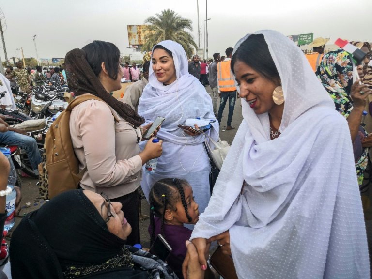 Viral 'Nubian queen' rally leader says women key to Sudan protests