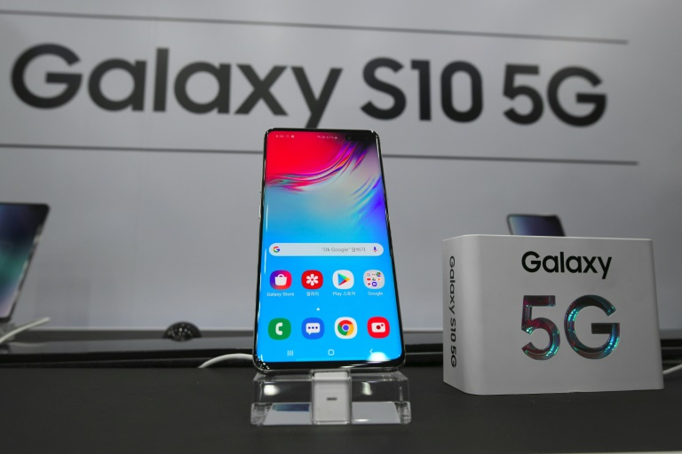 World's first 5G phone released in South Korea