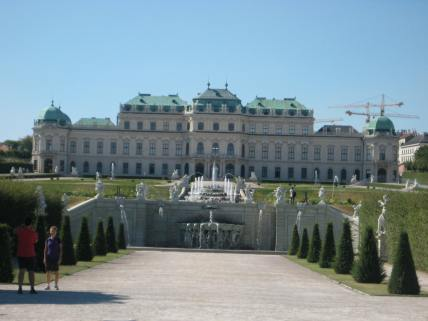 Gardens of Belvedere Palace. Photo: Maria Schindlecker