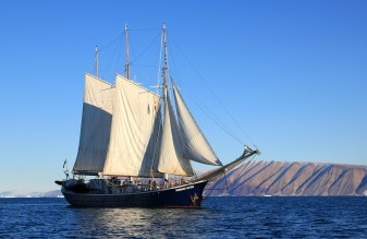 Sail around Greenland. Photo: Pixabay