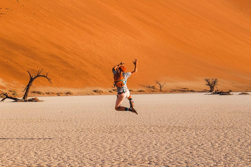 Sossusvlei in Namibia | rondreis in Namibië | The Orange Backpack