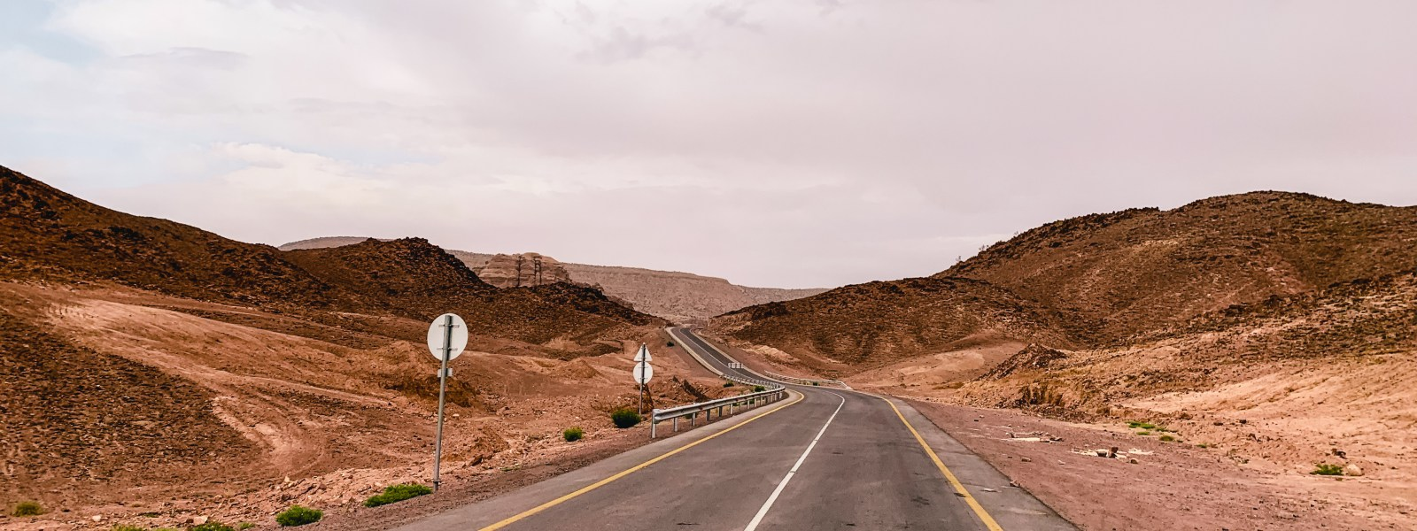 Tips for your rental car and driving in Jordan