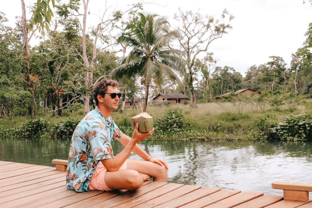 Boatique | Rio Dulce | TheOrangeBackpack