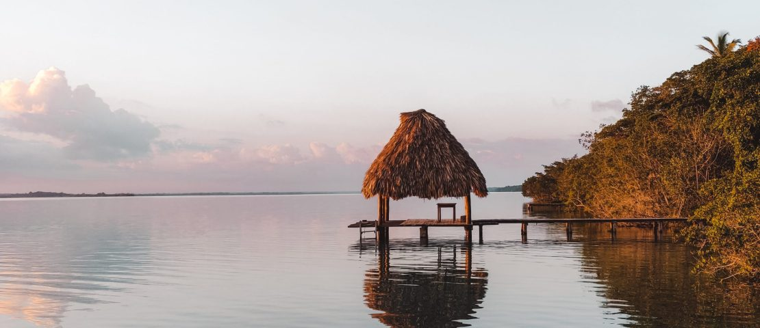 Lake Bacalar | Yucutan Mexico | The Orange Backpack