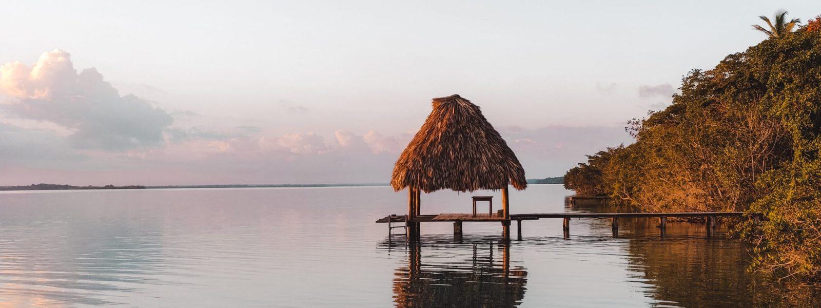 Airbnb Bacalar: unique lakeside ecocabanas