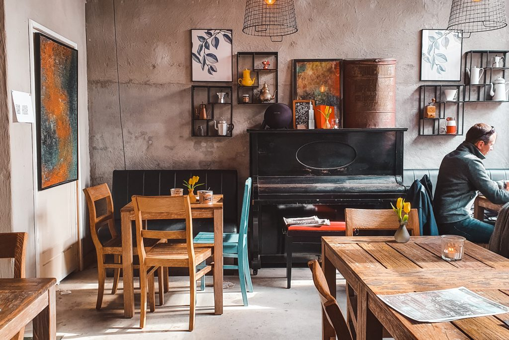 Roemar | Hotspots in the Hanseatic city of Deventer | The Orange Backpack